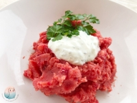 Rosa Kartoffelbrei vegan mit Frühlingsquark (1)