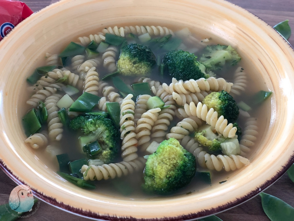 grüne 15 Minuten Suppe (4) (Kopie)
