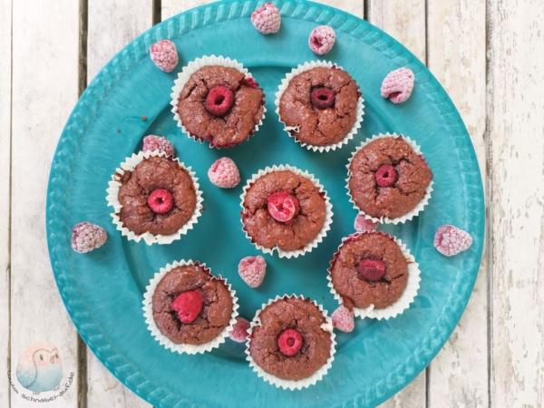 Schoko-Brownies mit Himbeeren schnabel-auf.de